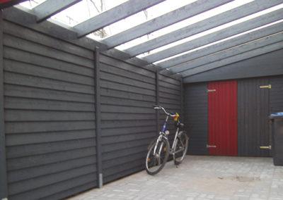 Carport mit Wandverkleidung und Doppeltür (2)