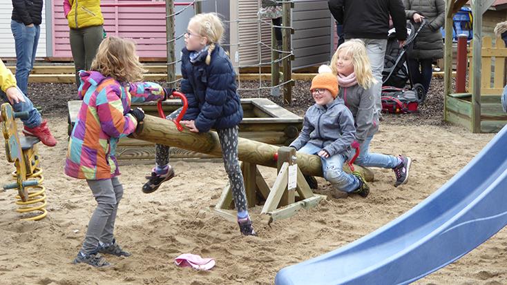 Holz im Garten: Die Holz-Schröer Kinderwelten – Spaß mit Holz Schröer