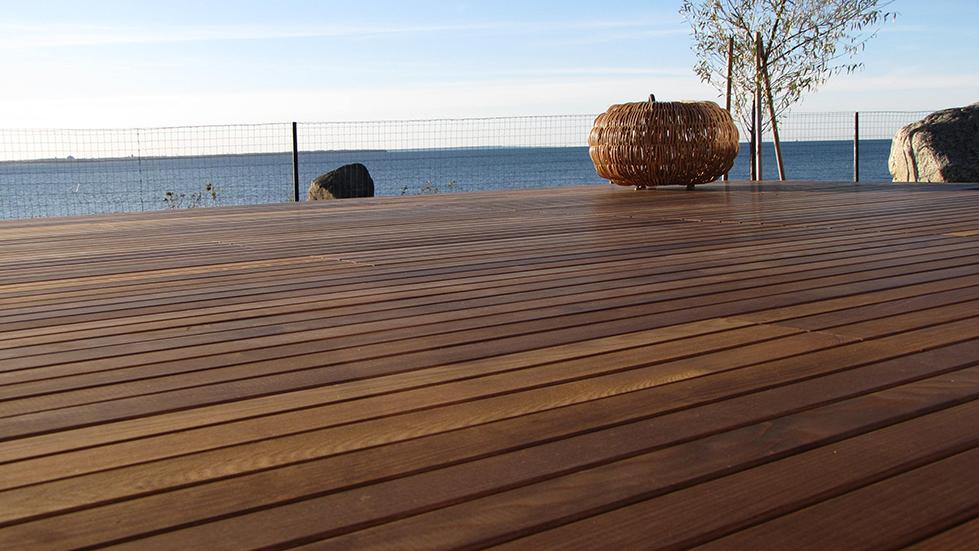 Holz im Garten: Terrassendielen von Holz Schröer