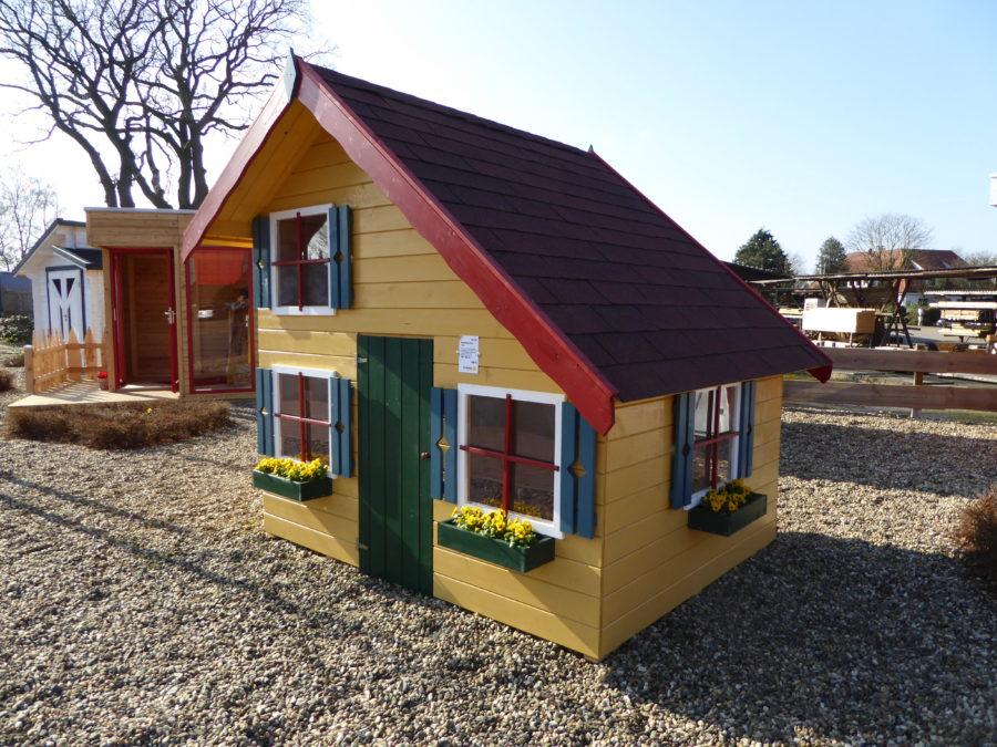 der eigene spielplatz so wird der garten zum kinderparadies holz schroeer bauen und wohnen. Black Bedroom Furniture Sets. Home Design Ideas