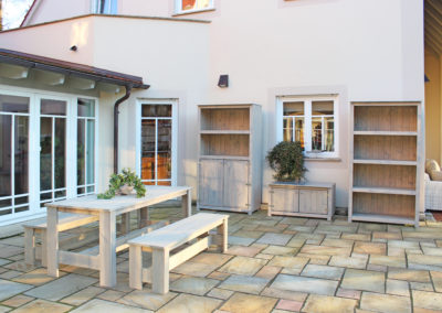 CS Party Gartentisch mit Bänken und Gartenschränke