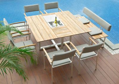 CS Quadratischer Tisch mit Sektkühler Quadux