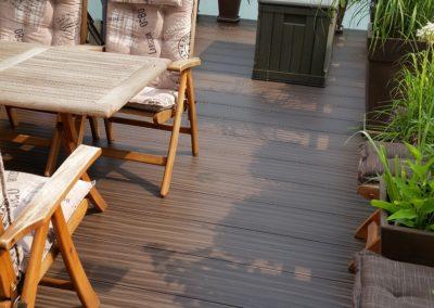 Megawood Dynum WPC Terrassendiele fertig verlegt