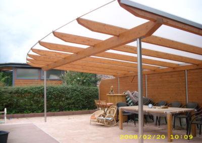 Terrassenüberdachung mit Doppelstegplatten und Sichtblenden Pienza (3)