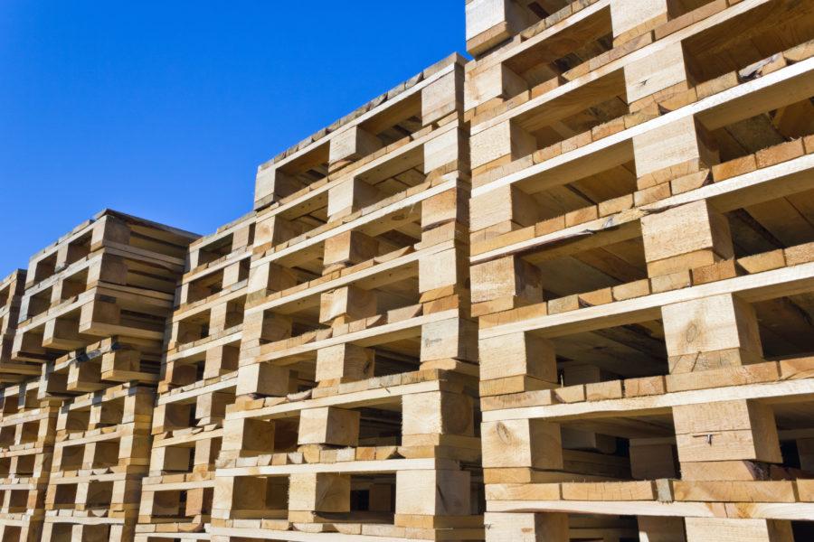 Paletten- und Verpackungsholz von Holz Schröer (IPPC ISPM 15 zertifiziert)