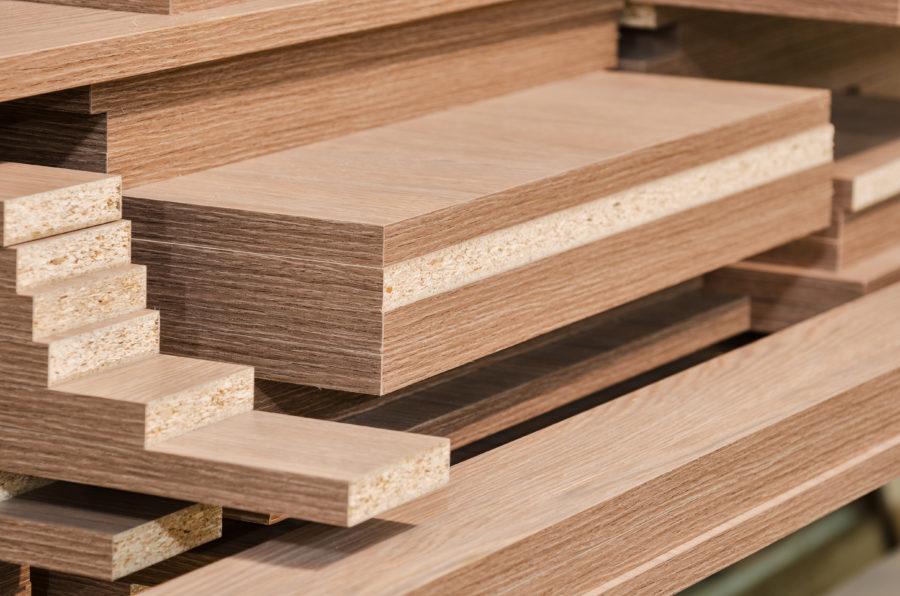 Sie suchen Bau- und Schnittholz? Besuchen Sie Holz-Schröer.