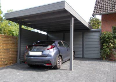Carport mit Abstellraum und Schiebetür (4)