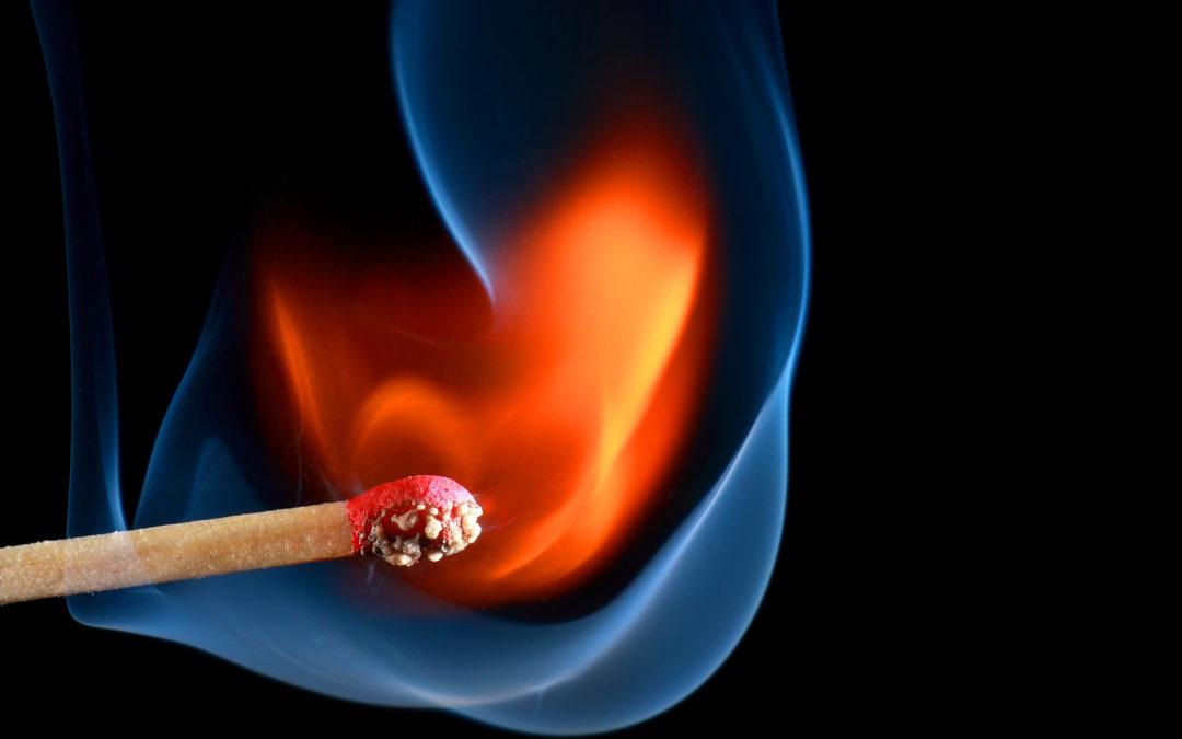 Holz im Brandfall viel besser als sein Ruf